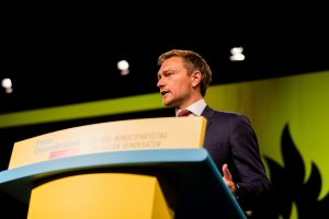 christian-lindner-2333992_1920